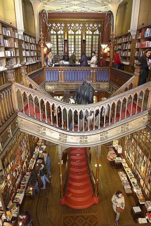 Portugal-Porto-Livraria_Lello_&_Irmão_bookstoreP1180342_(25893591635)
