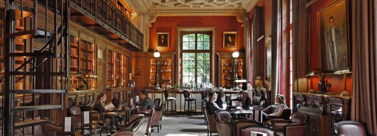 Saint James Library Bar